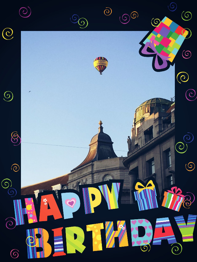 Who ever you are and where ever you are ... wish you happy birthday and a lot of success in your life #birthdaybaloon #oxfordstreetlondon #6amwalkinlodon #London #jalanjalan #Septemberceria #arprainlondon #notouristsaround