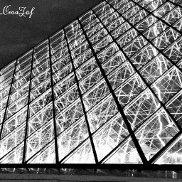 paris lelouvre louvremuseum pyramide pyramidedulouvre